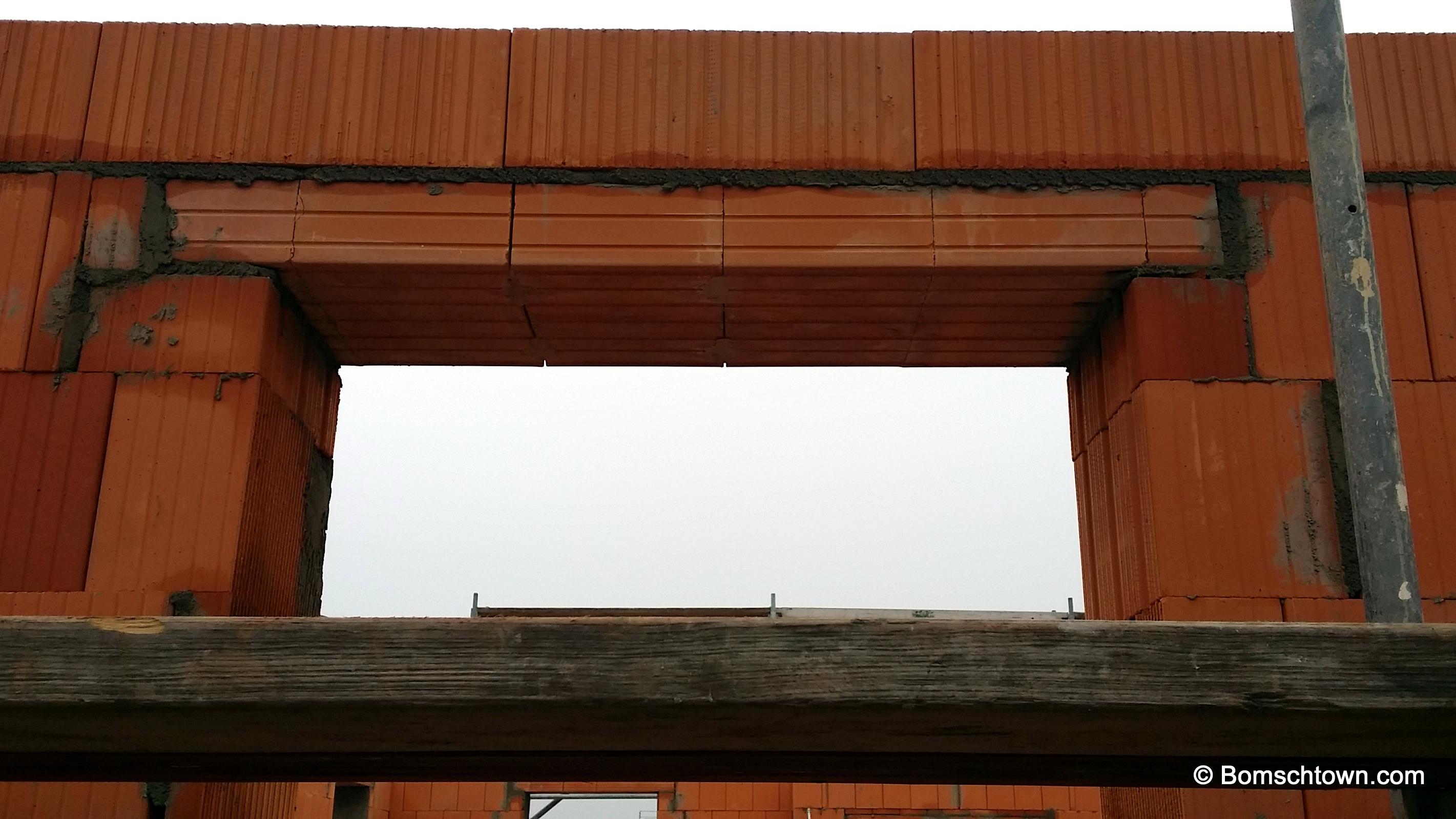 Fenstersturz Wohnzimmer im Osten