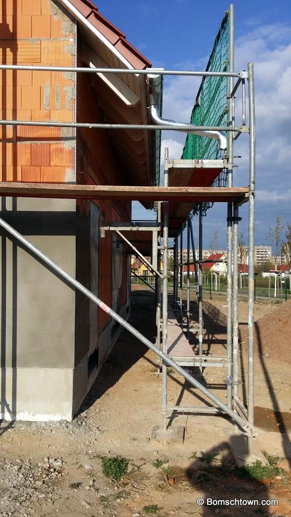 Außenfassade verputzt - keine Fallrohre