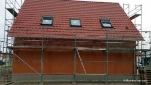 gedecktes Dach mit Dachfenstern