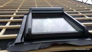 Roto Dachfenster mit Rollo