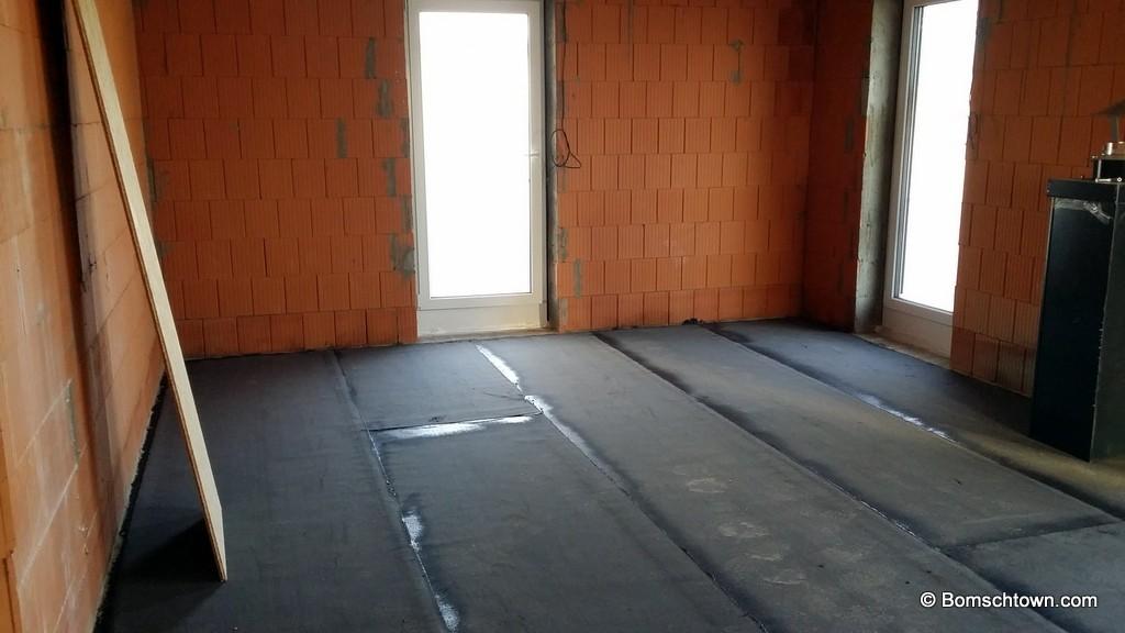 Bevorzugt Bitumenschicht gegen Bodenfeuchtigkeit › Hausbau in Bomschtown NM94