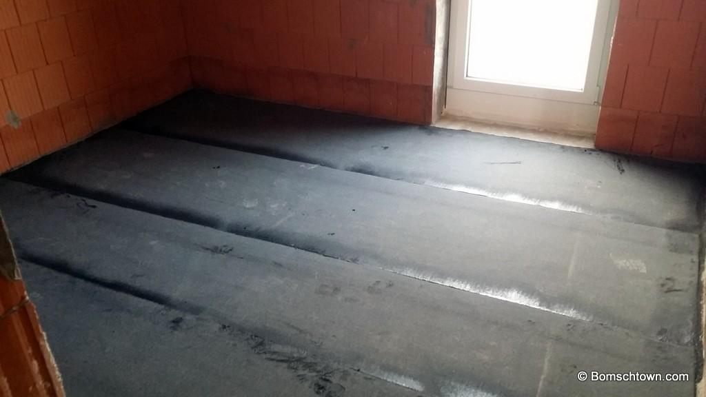 Sehr Bitumenschicht gegen Bodenfeuchtigkeit › Hausbau in Bomschtown JK18