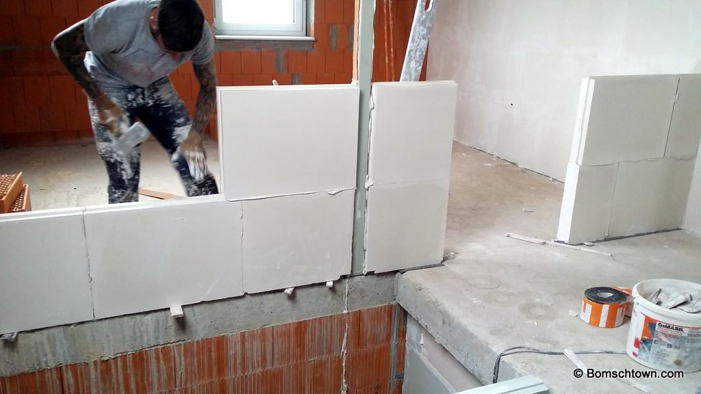 innenw nde kleben hausbau in bomschtown. Black Bedroom Furniture Sets. Home Design Ideas