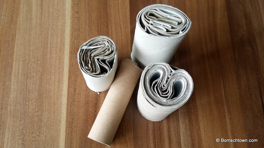 Toilettenpapierrollen als Fensterstopper