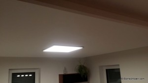 LED-Panel leuchtet ;)