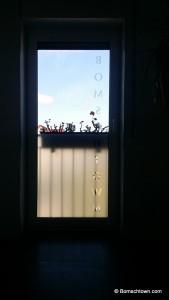 Badfenster mit Sichtschutzfolie