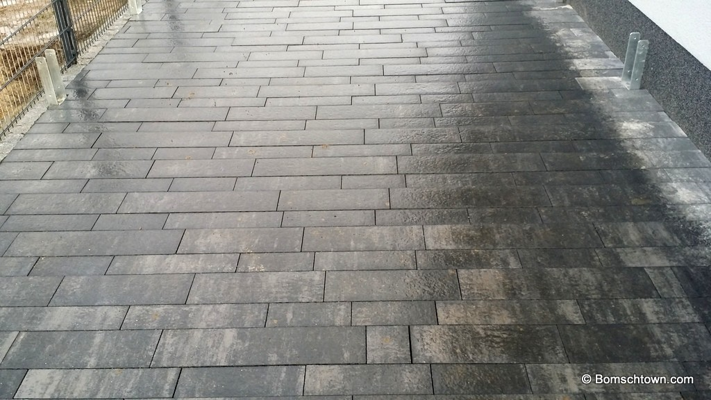 Ganz und zu Extrem Einfahrt pflastern: Aushub, Tragschicht, Pflaster › Hausbau in &VM_47