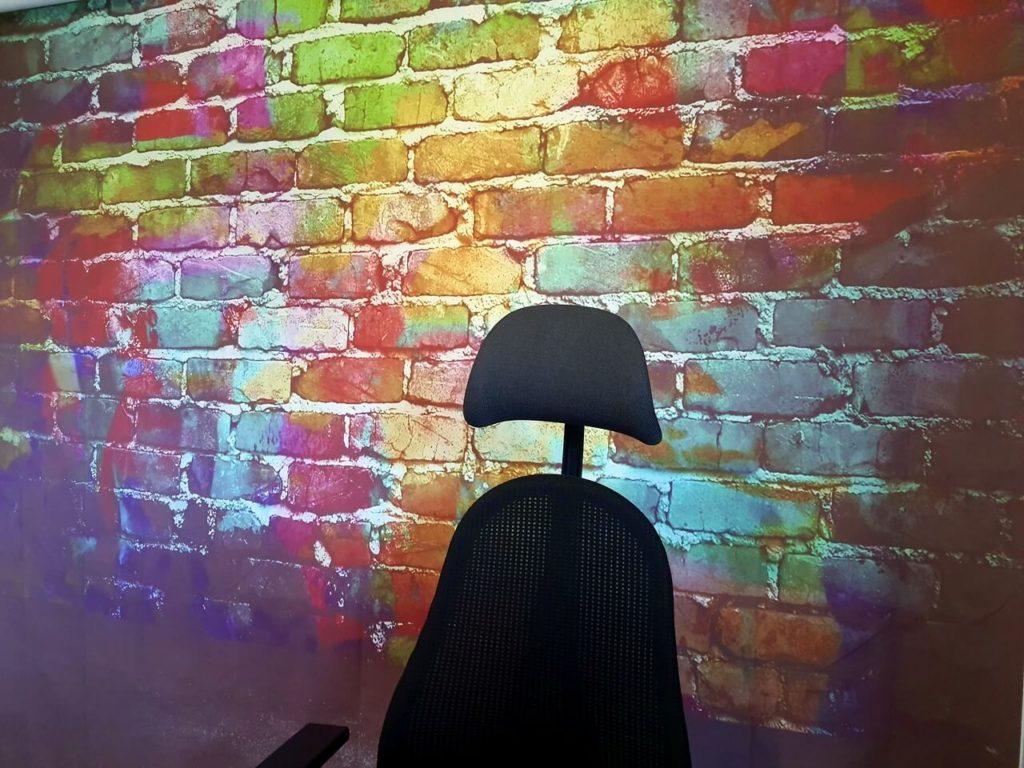 Fotohintergrund: Graffiti Backstein im Arbeitszimmer